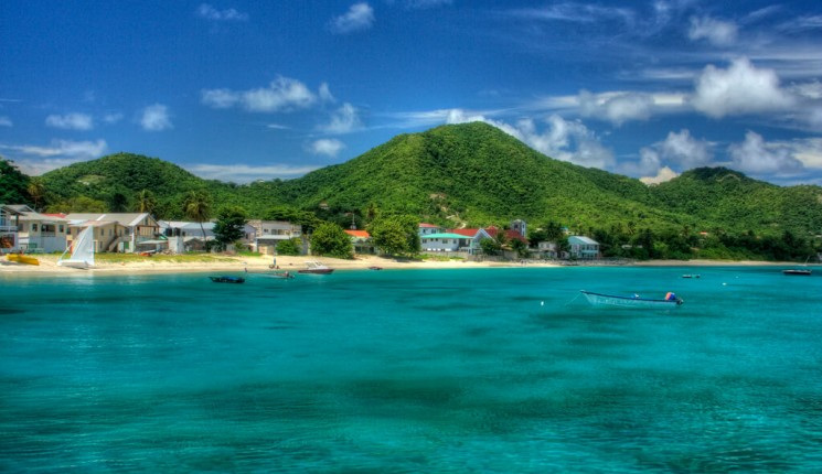 Grenada: Approaching Carriacou